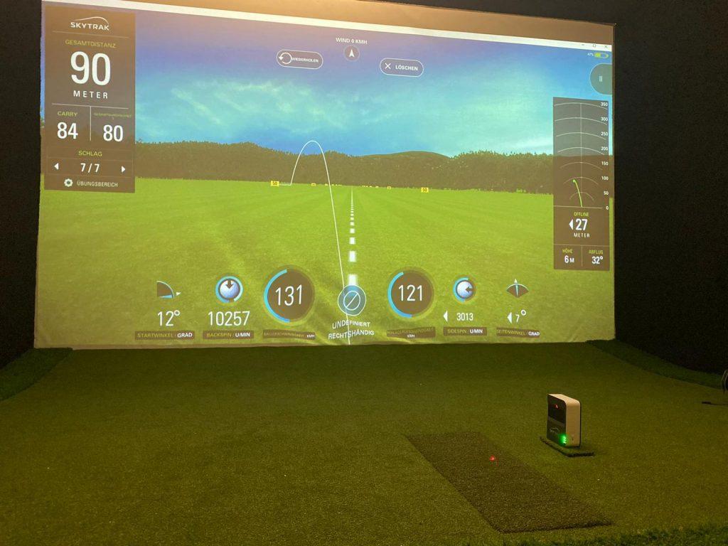 Golf Simulator Gehäuse von I need Golf